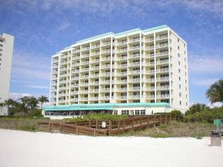Beachfront Condo With Magnificent Views - Marco Island vacation rentals