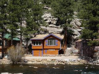 BEAR PAW CABIN on the RIVER - Front Range Colorado vacation rentals