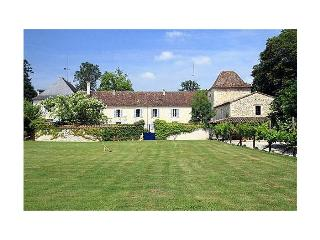 Chateau Issigeac - Bearn vacation rentals