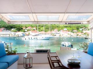 Unique townhouse directly on the harbor near Shell Beach WV JNM2 - Gustavia vacation rentals
