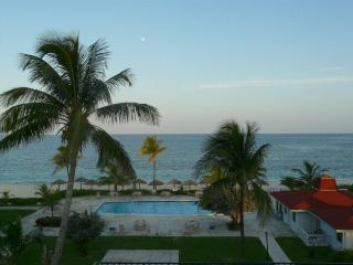 Coral Beach Grand Bahama Condo - Grand Bahama vacation rentals