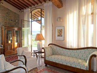 Charmimg Country House near S.Gimignano, Firenze - Gambassi Terme vacation rentals