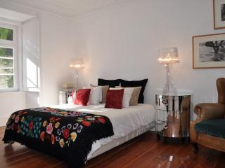 Luxury Apartment Noble downtown Lisbon: Chiado - Lisbon vacation rentals