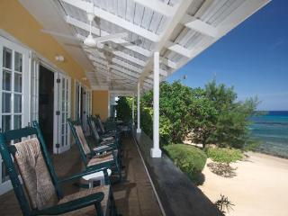 PARADISE IDLE HOURS BEACHFRONT VILLA - RUNAWAY BAY - Montego Bay vacation rentals