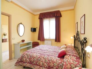 Rome, near to the Vatican, lovely 2 bedroom apt. - Rome vacation rentals