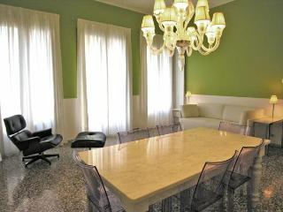 Leonardo apartment - Venice vacation rentals