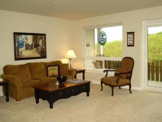 #918 - Beautiful Pet Friendly Beach Home - Southern Washington Coast vacation rentals