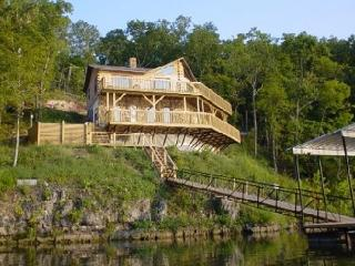 Poco Risco's Lakefront Log Home Rental - Lake of the Ozarks vacation rentals