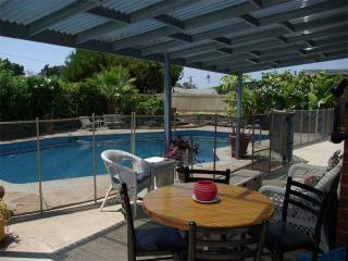 Pool & Large Jacuzzi 4 Br, 3 Bath & close to all - San Diego vacation rentals