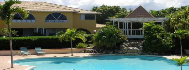 PARADISE ATRIUM APARTMENTS IN MONTEGO BAY - Montego Bay vacation rentals