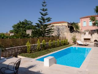 Archanes villa to rent - Pr. Pool (near Heraklion) - Archanes vacation rentals