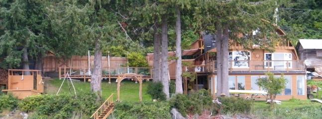 Chateau Norm house and grounds - Chateau Norm, a unique Haida Gwaii experience - Queen Charlotte City - rentals