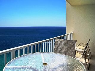 BEACHFRONT FOR 8! FAMILY FRIENDLY! OPEN 10/4-11! TAKE 15% OFF! - Panama City Beach vacation rentals