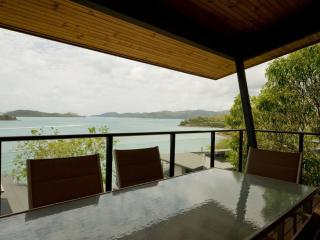 Shorelines 28 - Hamilton Island vacation rentals
