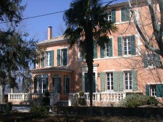 holiday cottage at historic estate in Provence - Alpes de Haute-Provence vacation rentals