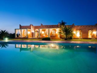 El Goute Luxury Staffed Villa in Marrakech - Marrakech vacation rentals