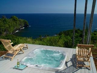 Onomea Cliffside Cottage-Romantic Oceanfront Views - Big Island Hawaii vacation rentals