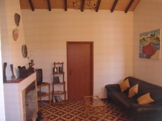 2 bedroom country house in Tavira area - Tavira vacation rentals