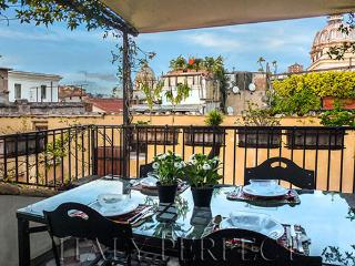 Terrace with Views-Piazza Navona-Campo Fiori-Danza - Rome vacation rentals