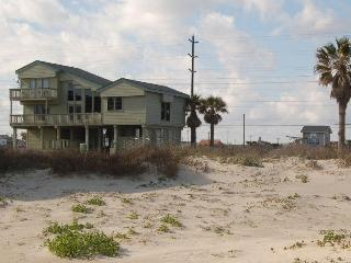 Island Cabana-BeachSide Sleeps 10-12 3BR/2.5 Bath - Galveston vacation rentals