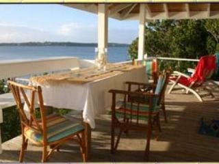 Tween Waters' Tilloo Cottage - Tilloo Cay vacation rentals