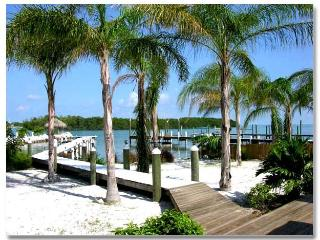 Sandy Shore Place with 100' Dock, Pool, Kayaks - Marathon vacation rentals