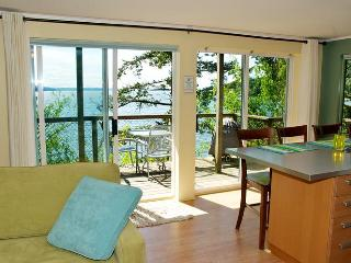 Waterfront w/ Swimming Beach~Renew Relax~Kitchen - Bowen Island vacation rentals