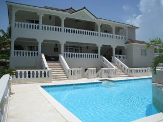 Villas, Suites and THE LOWEST All-Inclusive Rates! - Puerto Plata vacation rentals
