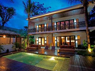 The Logan - Full Eco Luxury right in Samara Centro - Guanacaste vacation rentals