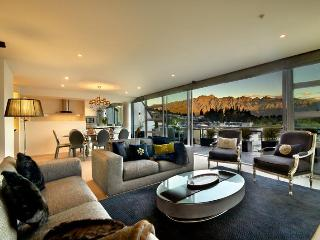 Taimana -  Luxury apartment in central Queenstown - New Zealand vacation rentals