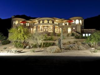 7 Bd Luxury, Golf, Shopping, Reunions, Baseball - Phoenix vacation rentals