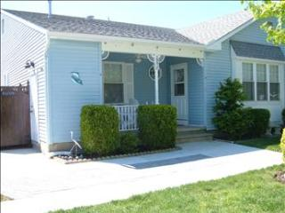 Beautiful 2 Bedroom, 2 Bathroom House in Cape May (6023) - Cape May vacation rentals