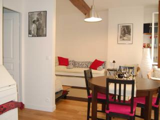 Charming Apartment In  St Germain Des Pres - 6th Arrondissement Luxembourg vacation rentals
