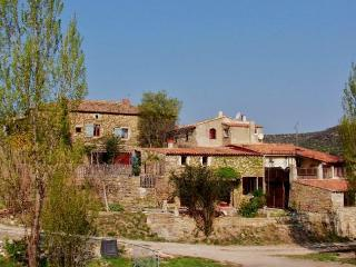 A farmhouse for excitting and relaxing holidays - Lagorce vacation rentals