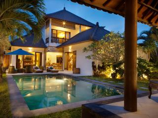 Villa Kahlua - a haven in trendy Seminyak - Seminyak vacation rentals