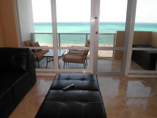 Luxury 2 Bedroom  Miami Beach  Direct ocean view - Miami Beach vacation rentals
