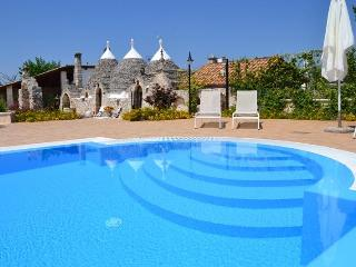 I TRULLI OTTOMANO Wonderful Trulli with Pool - Puglia vacation rentals