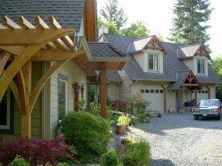 Royston House Seaside Retreat Vacation Rental - Courtenay vacation rentals