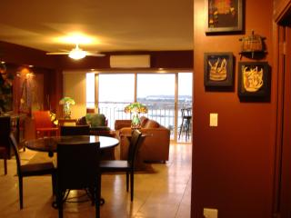 1402 Waikiki Shore Beach Front  Condo 2/2 - Honolulu vacation rentals
