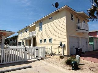 3 Bedroom 3.5 bath home in a fabulous gated community! - Port Aransas vacation rentals