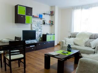 Fantastic terrace Epicentre Madrid Jardines Attic - Madrid Area vacation rentals
