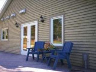 Outside Deck - Great Down Garden Apartment - Mahone Bay - rentals