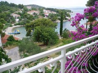 2869 A2(6+2) - Rogac - Rogac vacation rentals