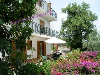APPARTAMENTO LA NEVE A - SORRENTO PENINSULA - Sant'Agta sui due Golfi - Sorrento vacation rentals