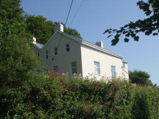 Holiday Apartment - Glen Holme, Little Haven - Pembrokeshire vacation rentals