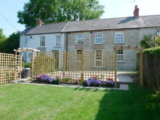 Cottage - Weavers Cottage, Llanmill, Nr Narberth - Narberth vacation rentals
