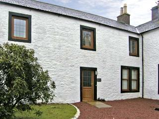 PHEASANT COTTAGE, pet friendly, country holiday cottage, with a garden in Lockerbie, Ref 5284 - Dumfries & Galloway vacation rentals