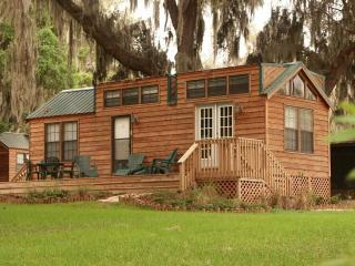 Book now for Labor Day!  Several cabins available - Haines City vacation rentals