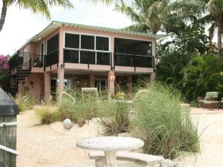 La Casa Habana: Lovely 3BR Gulf house w/ pool,dock - Grassy Key vacation rentals