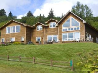 Homer Lookout - 4 bedrooms, view of Kachemak Bay - Homer vacation rentals